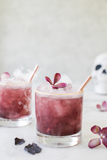 Try These Gin-Tastic Purple Cocktails If You're In The Mood Of Something New