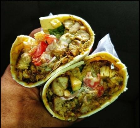 Enjoy Delicious Shawarmas In Mumbai That Are Under INR 200