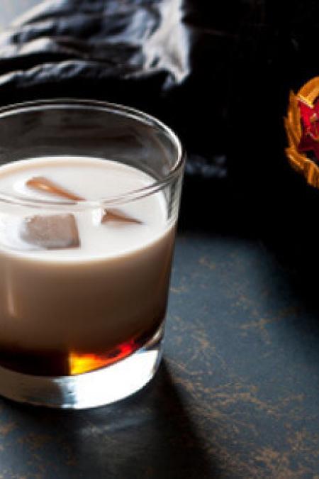 Mudslide Cocktail Recipe Social Goat