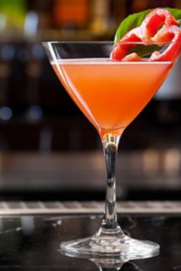 28 best Cocktail Waitress images on Pinterest | Cocktail