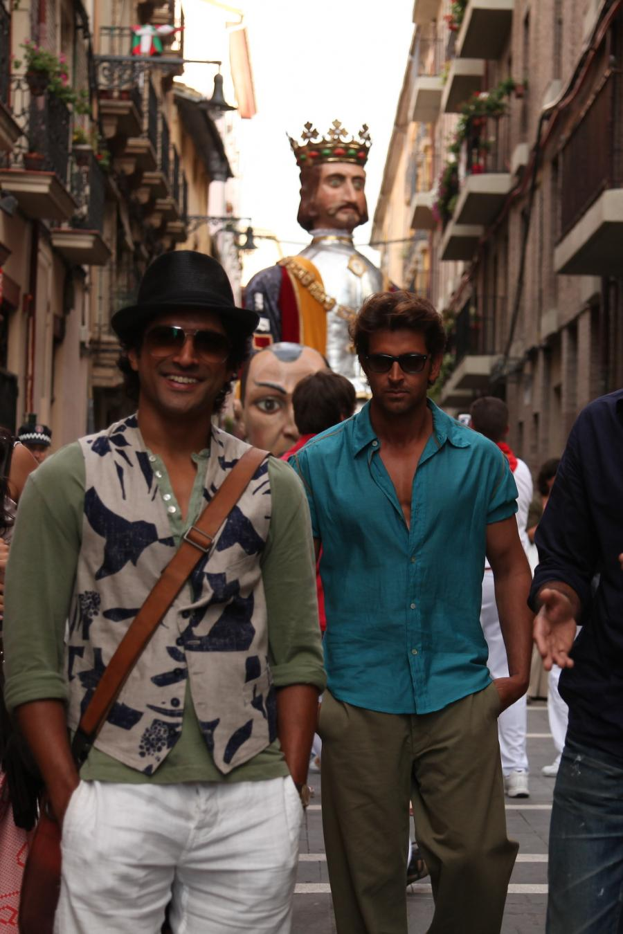 5 ZNMD Dialogues For Every Millennial Who Wants To Take A Break!